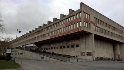 På bilden Filmhuset där kulturrådet är beläget