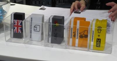 Valintakortteja: esim. englanninkielinen, viittomakieli, kuunneltava teksti